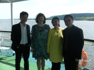 Участие преподавателей университета Шихецзы (Китай) в научно-практической конференции на теплоходе Александр Свешников 9-14 мая 2015г.